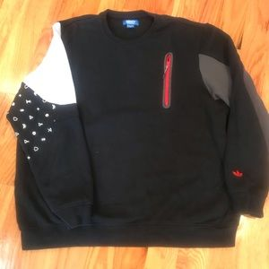 Adidas Sweatshirt with detail on both arms. 2XL